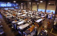 090823-prison-hmed-11a.hmedium